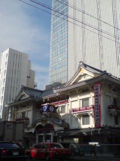 新しい歌舞伎座の地下鉄接続部分が一足先に開業