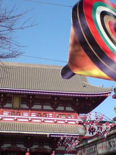 浅草寺へ初詣