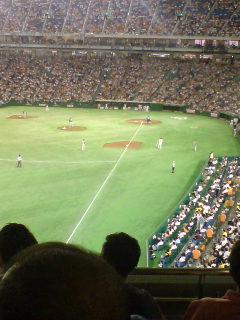 ドームでプロ野球を見てきました
