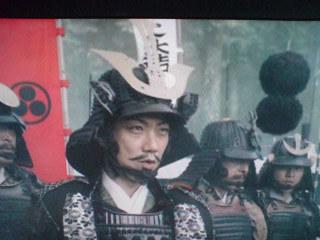 「BOSS」CM、萬斎さんが三成役で!タモリさんが家康、音楽は「風林火山」の名曲!