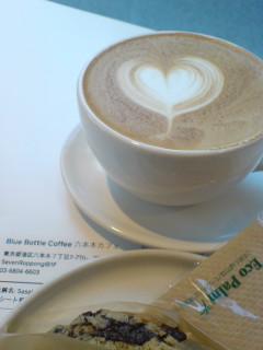やっと「ブルーボトルコーヒー」に行く。
